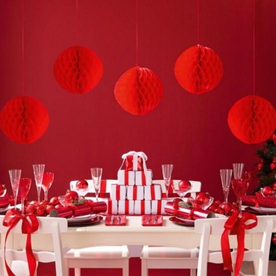 Χριστουγεννιάτικες ιδέες διακόσμησης σε  αποχρώσεις του κόκκινου