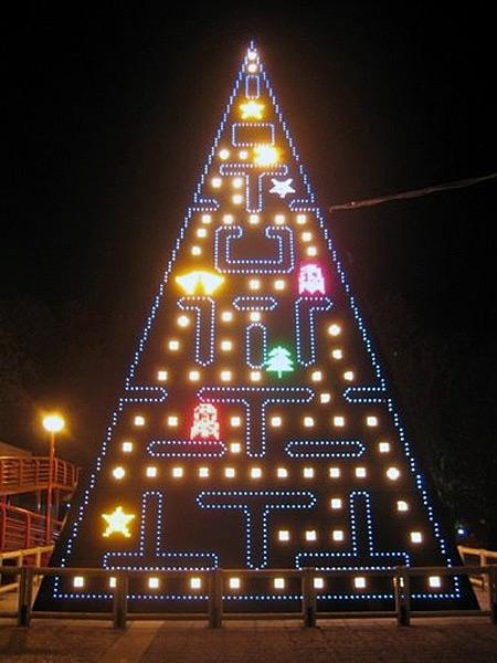 Τα πιο ασυνήθιστα Χριστουγεννιάτικα δέντρα στον κόσμο