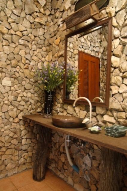 ιδέες σχεδιασμού μπάνιου από φυσική πέτρα33