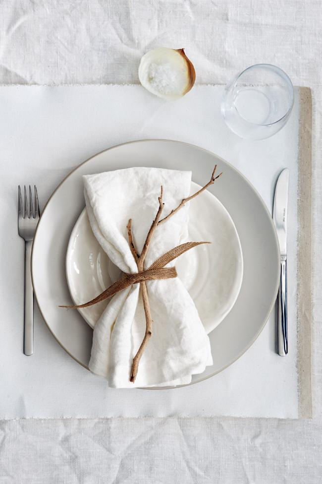 Πώς να διακοσμήσετε ένα τραπέζι για ένα υπέροχο γεύμα