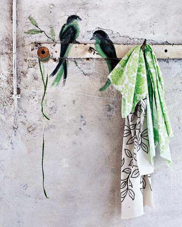 Απίθανες ιδέες: Κάντε τα δάπεδα σας διασκεδαστικά με Βαμμένες λωρίδες
