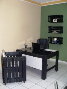 Απίθανο γραφείο από παλέτες