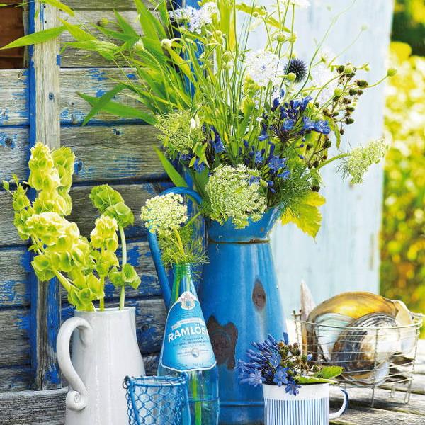 Διακόσμηση με μπλε λουλούδια12