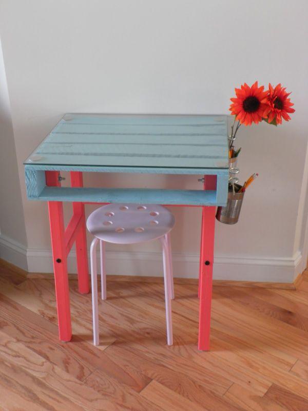 DIY γραφεία από παλέτες14