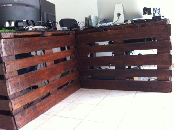 DIY γραφεία από παλέτες8