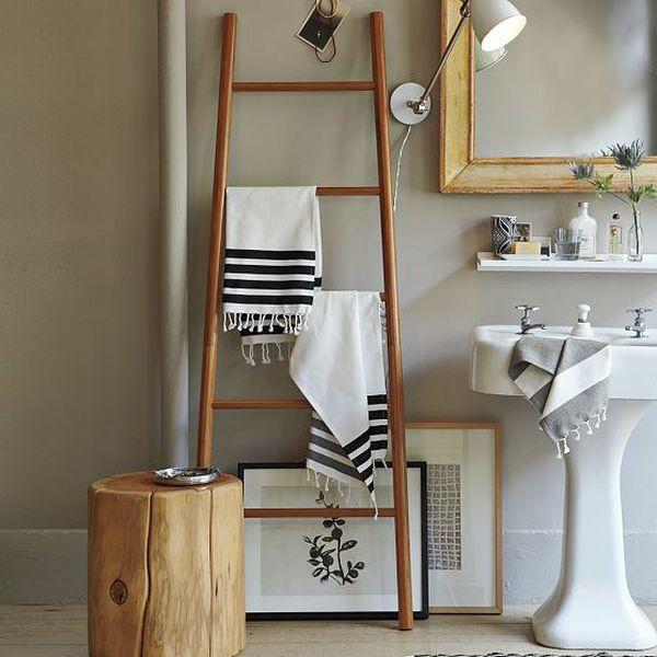 ιδέες για να οργανώσετε και να εκθέσετε τις πετσέτες στο μπάνιο σας8