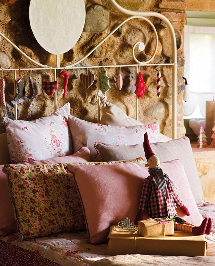 Χριστουγεννιάτικη ατμόσφαιρα σε ένα  παραμυθένιο σπίτι17