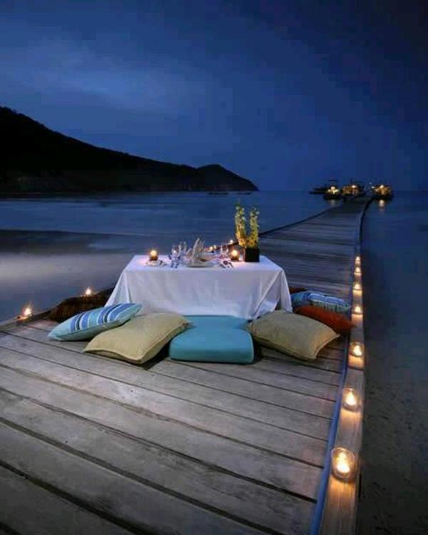 ιδέες για ρομαντικό Τραπέζι σε εξωτερικό χώρο