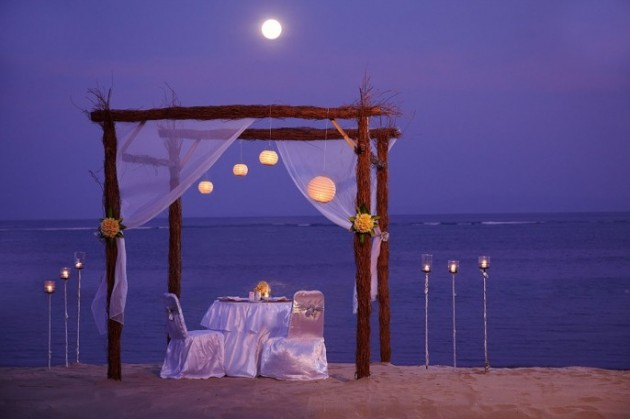 ιδέες για ρομαντικό Τραπέζι σε εξωτερικό χώρο21