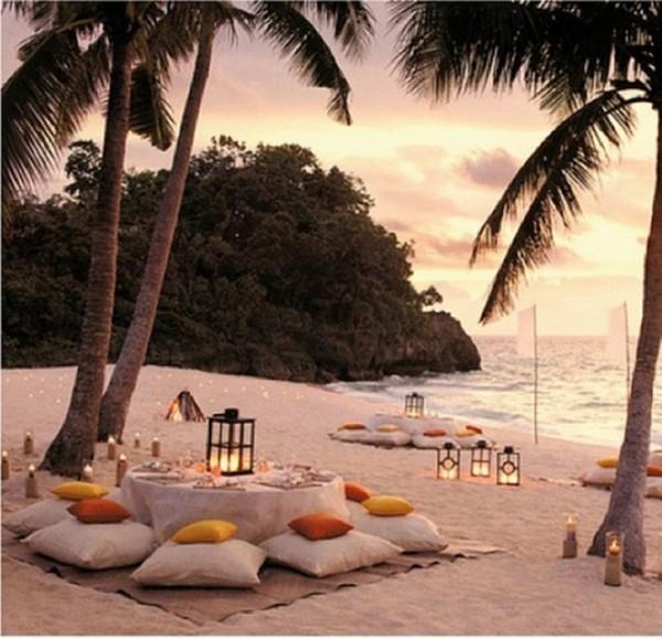 ιδέες για ρομαντικό Τραπέζι σε εξωτερικό χώρο23
