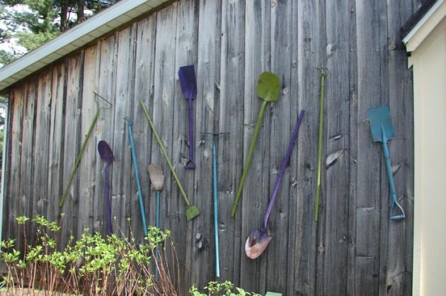 DIY WallArt Ιδέες για τον φράχτη του Κήπου σας11