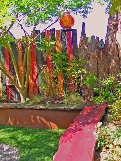 DIY WallArt Ιδέες για τον φράχτη του Κήπου σας14