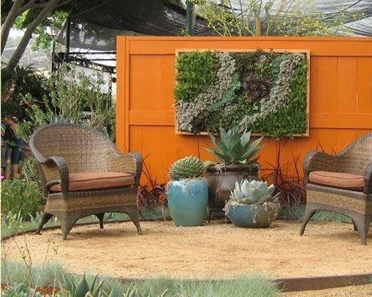DIY WallArt Ιδέες για τον φράχτη του Κήπου σας21
