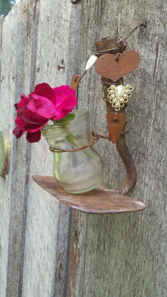 DIY WallArt Ιδέες για τον φράχτη του Κήπου σας4
