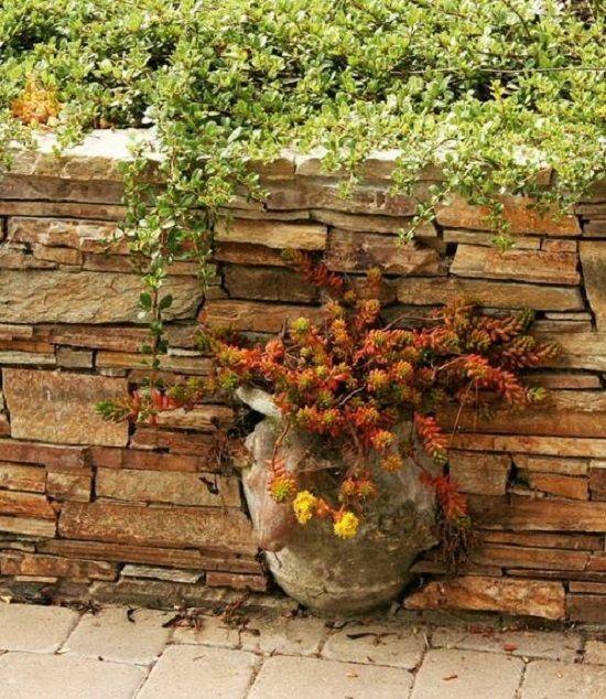 DIY WallArt Ιδέες για τον φράχτη του Κήπου σας9
