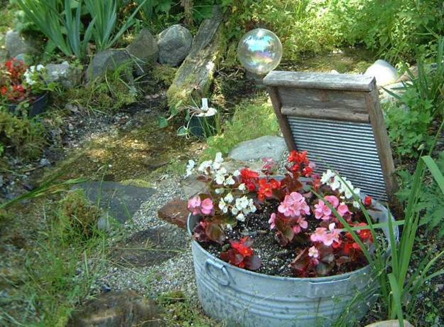 ασυνήθιστα δοχεία και γλάστρες για λουλούδια8