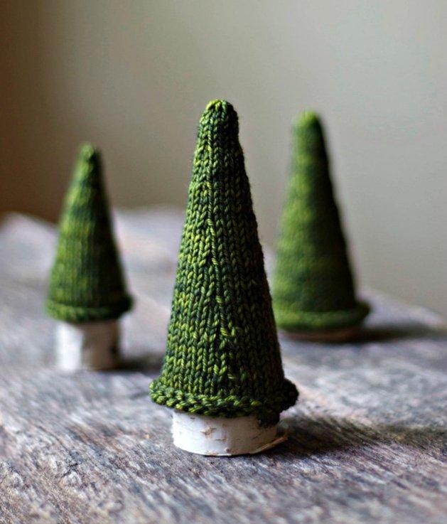 Επιτραπέζια χριστουγεννιάτικα δέντρα2