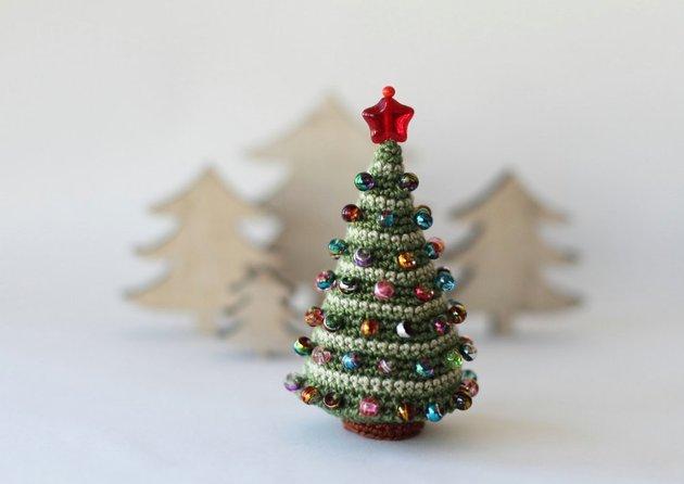Επιτραπέζια χριστουγεννιάτικα δέντρα3