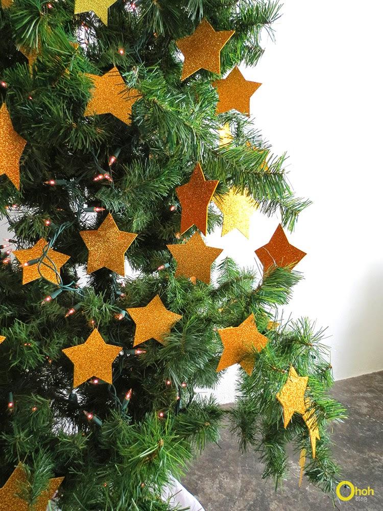 DIY Χριστουγεννιάτικο δέντρο με αστέρια 6