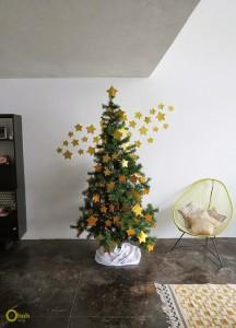 DIY Χριστουγεννιάτικο δέντρο με αστέρια 7