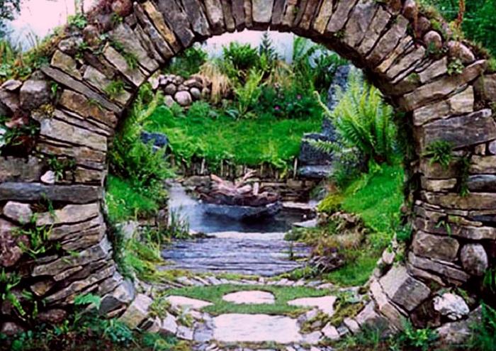 Μαγικές Πύλες του Φεγγαριού στον Κήπο2