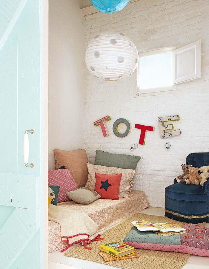 Vintage τόνοι και παστέλ χρώματα σε ένα απίθανο σπίτι στη Βαρκελώνη9