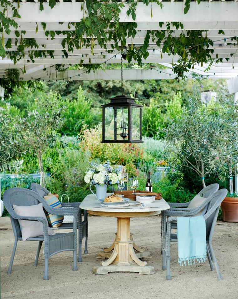 Ανοιξιάτικη ανακαίνιση κήπου ιδέες (15)