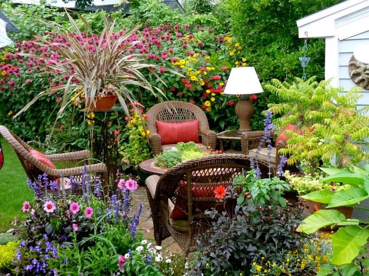 Ανοιξιάτικη ανακαίνιση κήπου ιδέες57
