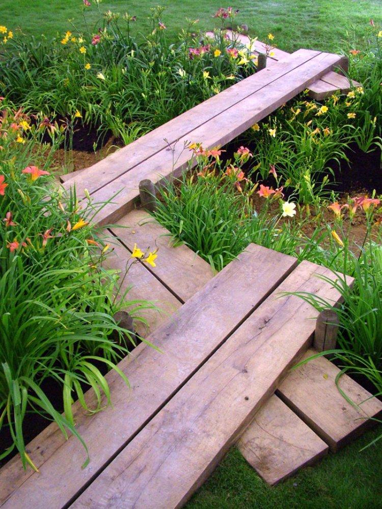 ιδέες με ξύλινα μονοπάτια κήπου12