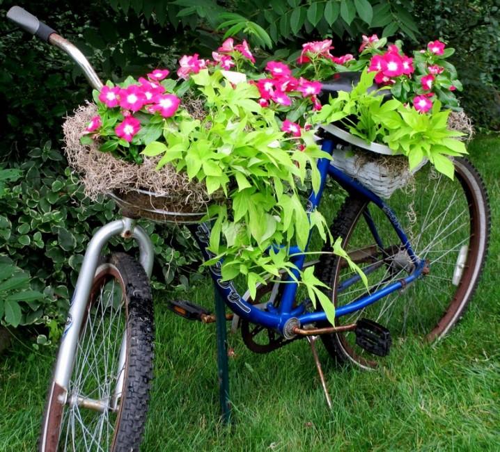διακόσμηση κήπου με ποδήλατα16