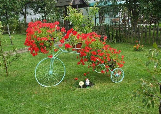 διακόσμηση κήπου με ποδήλατα2