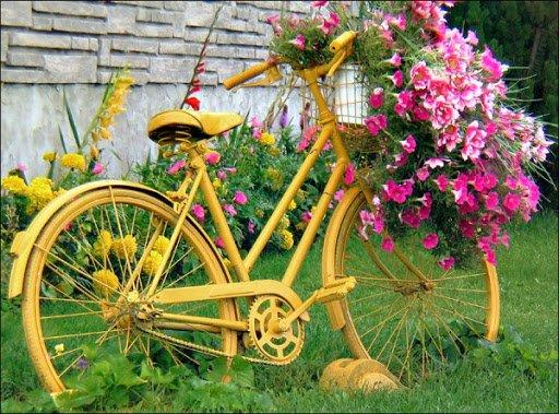 διακόσμηση κήπου με ποδήλατα20