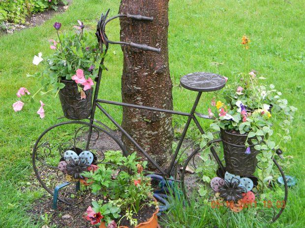 διακόσμηση κήπου με ποδήλατα21