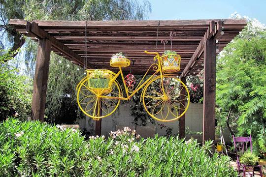 διακόσμηση κήπου με ποδήλατα5