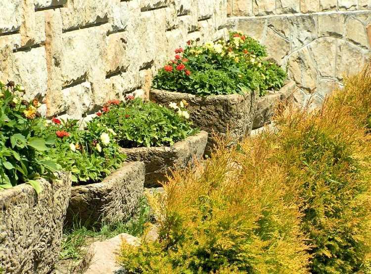 Μπετόν ζαρντινιέρες κήπου19