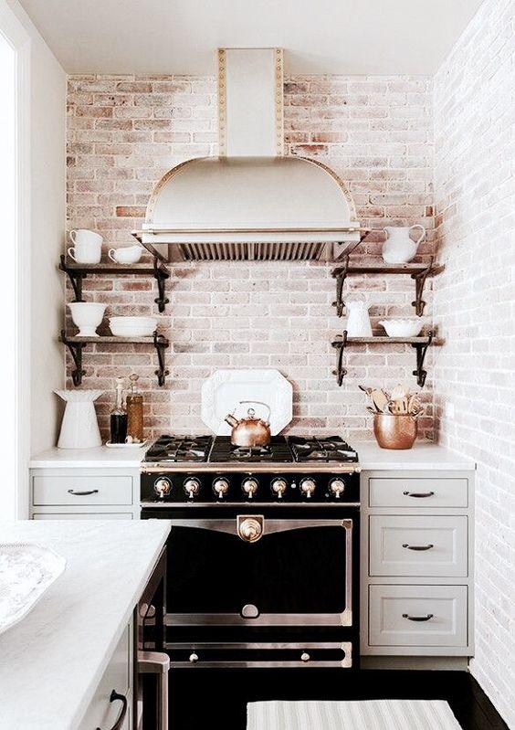 ιδέες με πέτρες, τούβλα και βότσαλα για τοίχους κουζίνας34