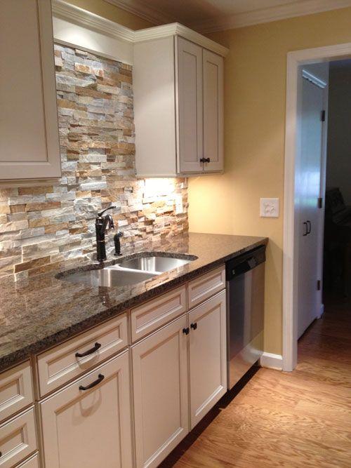 ιδέες με πέτρες, τούβλα και βότσαλα για τοίχους κουζίνας41