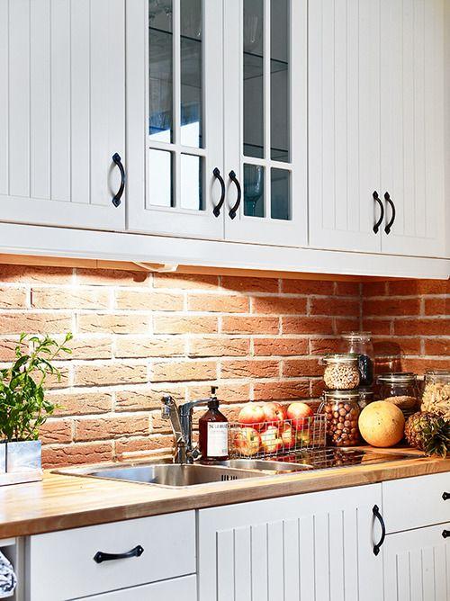ιδέες με πέτρες, τούβλα και βότσαλα για τοίχους κουζίνας43