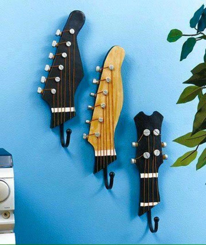 παλιές κιθάρες στη διακόσμηση του σπιτιού5