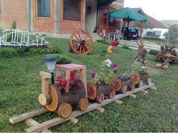 διακοσμήσεις κήπου με ξύλινα καφάσια και κορμούς δέντρου3