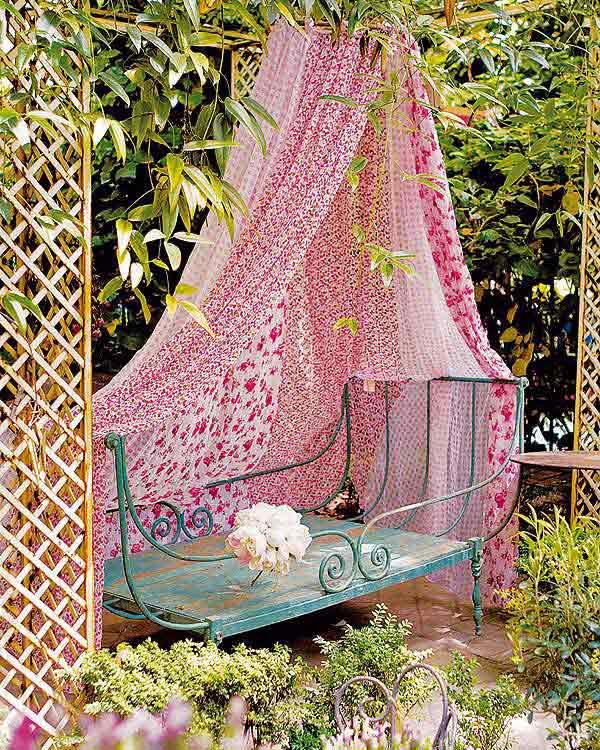 ιδέες στολισμού κήπου στο μποέμικο στυλ1