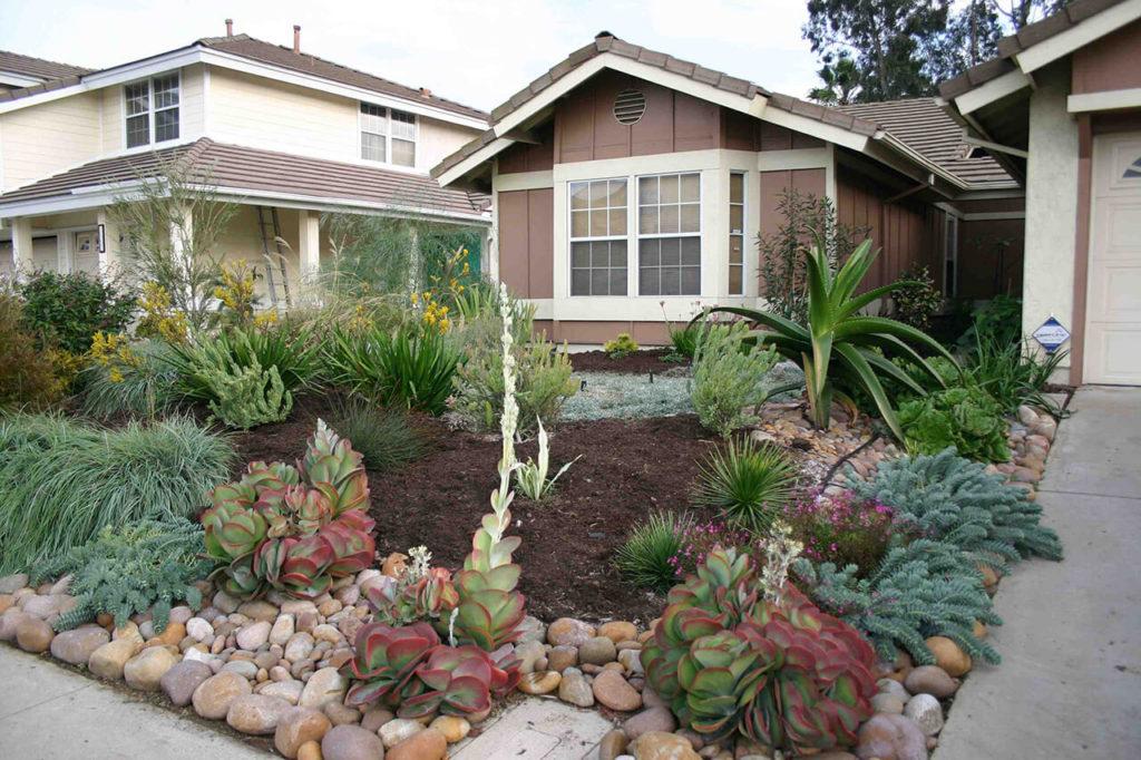 ιδέες σχεδιασμού μπροστινού κήπου και αυλής47