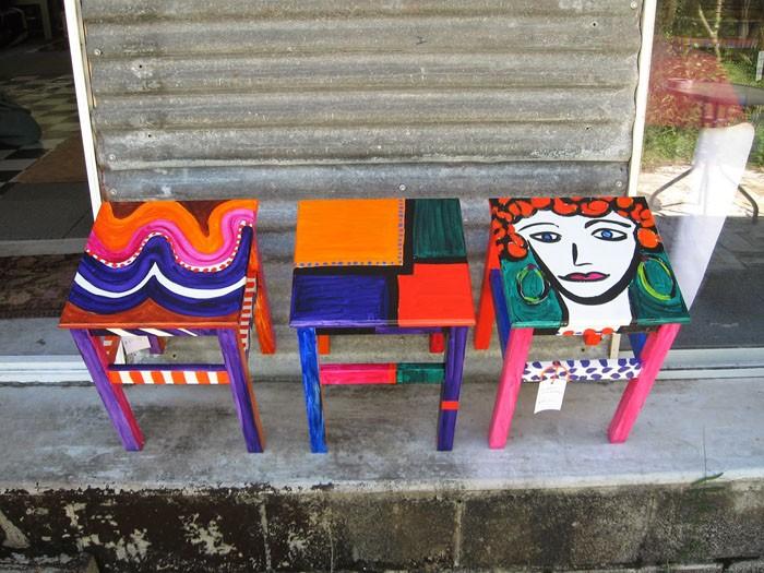 πώς να διακοσμήσετε και να βάψετε παλιές καρέκλες10