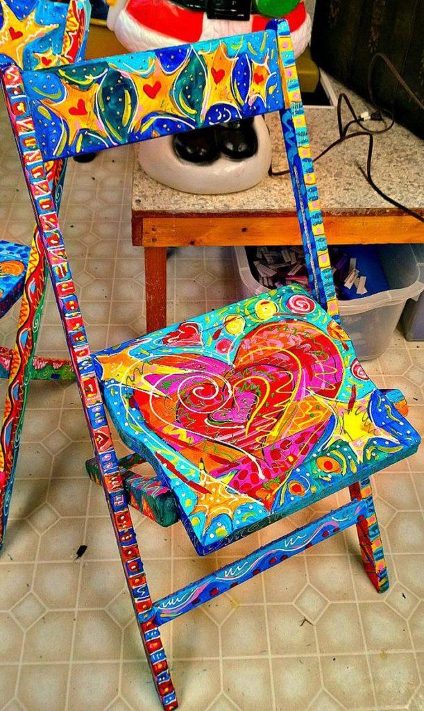 πώς να διακοσμήσετε και να βάψετε παλιές καρέκλες39