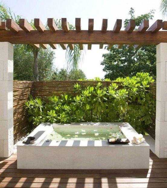 μικρή πισίνα στον κήπο6