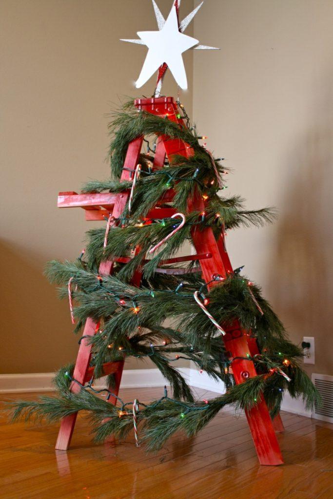 Διακοσμήστε μια σκάλα για τα Χριστούγεννα1