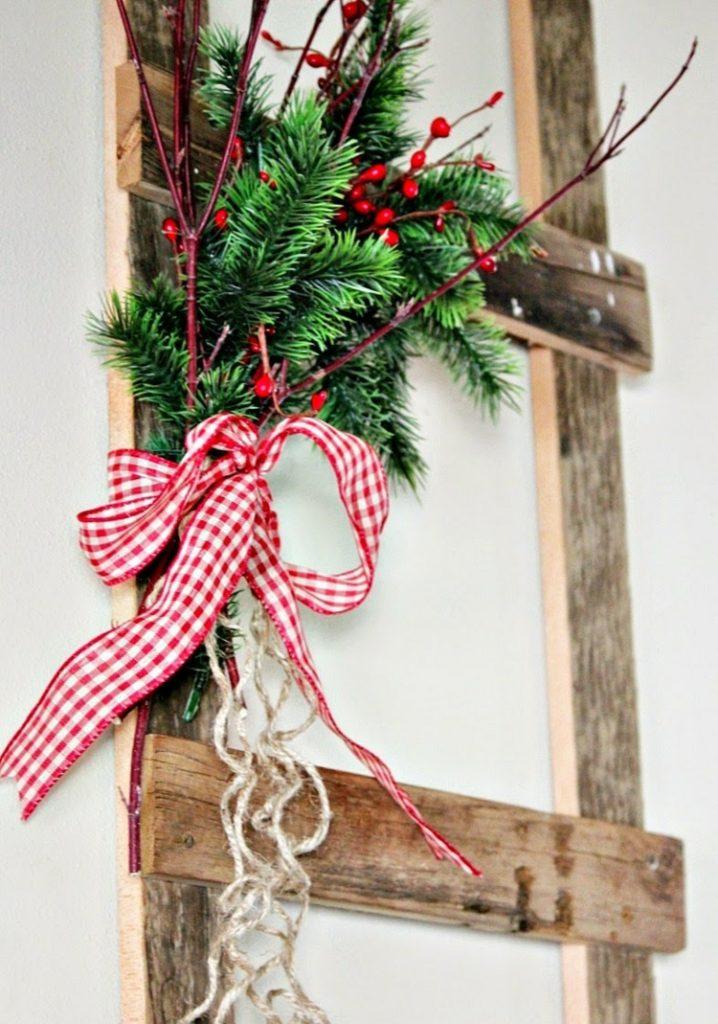 Διακοσμήστε μια σκάλα για τα Χριστούγεννα2