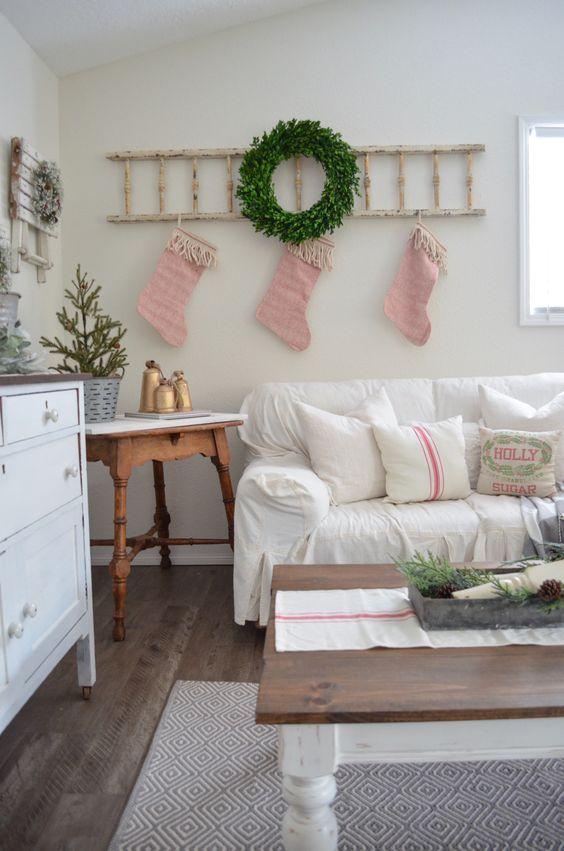 Διακοσμήστε μια σκάλα για τα Χριστούγεννα25