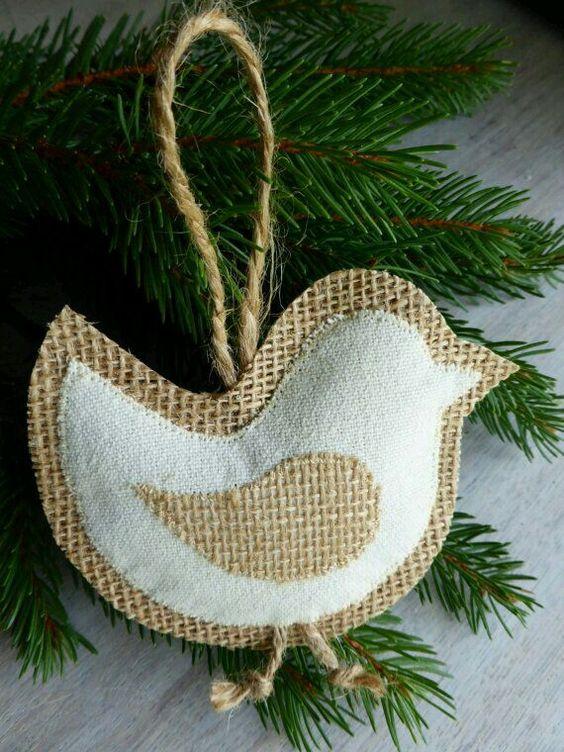 Χριστουγεννιάτικα στολίδια από λινάτσα18