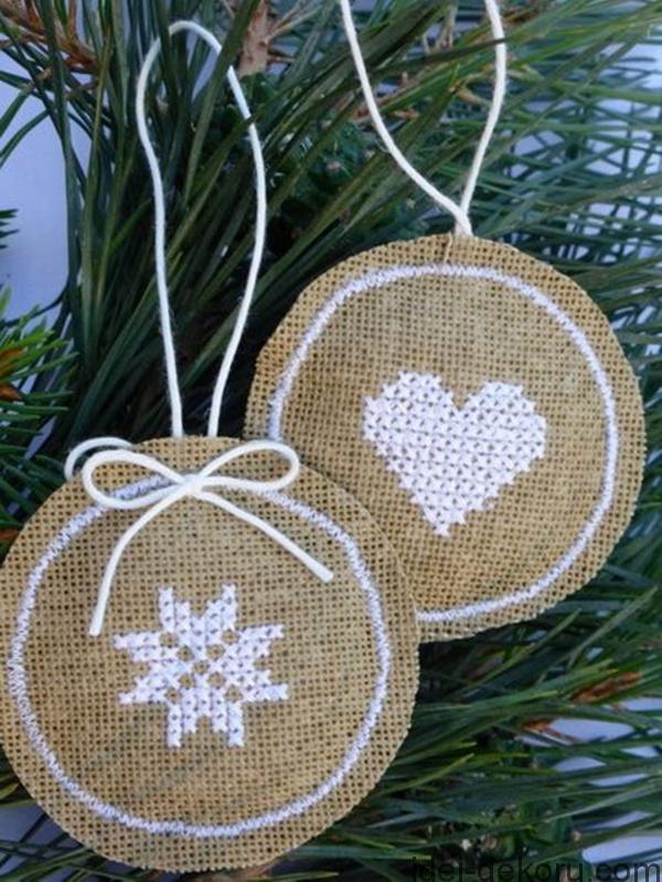Χριστουγεννιάτικα στολίδια από λινάτσα51